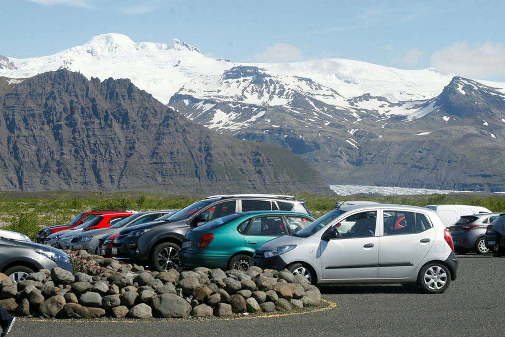 Bæjarstjórn segir að vegakerfið sé ekki hannað fyrir jafn mikla …