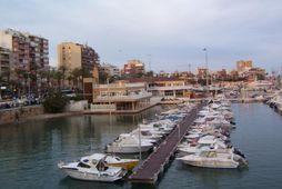 Íslendingur lést á Torrevieja sem er í um 40 mínútna fjarlægð frá borginni Alicante á …