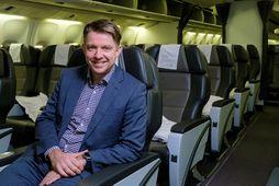Bogi Nils Bogason, forstjóri Icelandair, um borð í einni af vélum félagsins. Hann segir flugfélagið ...