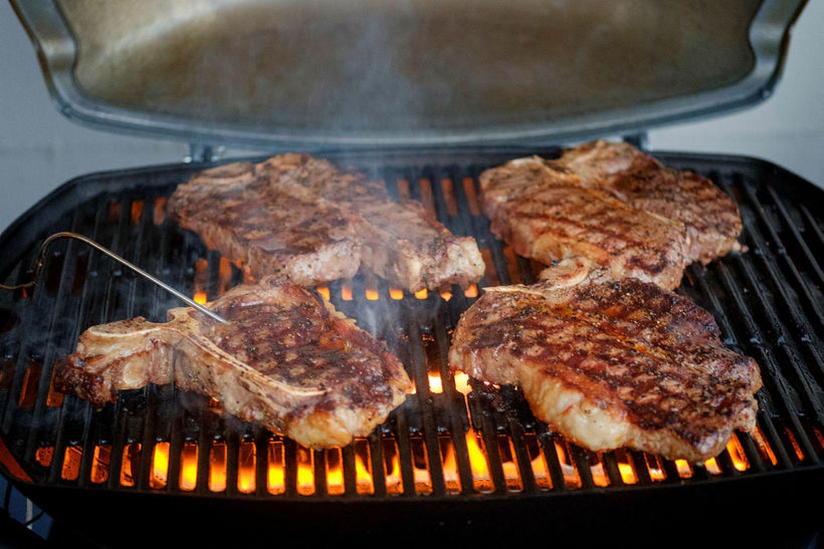 Þessar fallegu steikur slógu í gegn hjá vinkonunum.