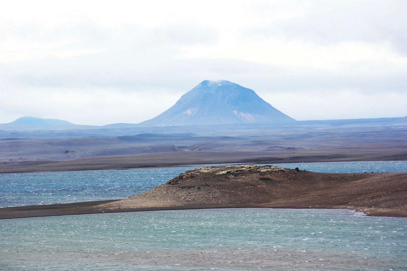 Ferðalangar voru hætt komnir í óveðrinu á Sprengisandi í dag.