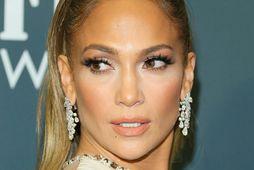 Jennifer Lopez fangar athygli fólks um víða veröld.