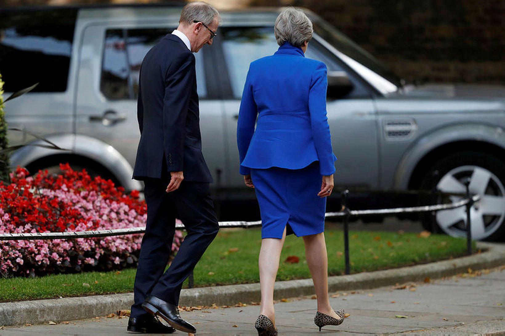 Í kjölfar kveðjuræðu sinnar fór Theresa May forsætisráðherra á fund …