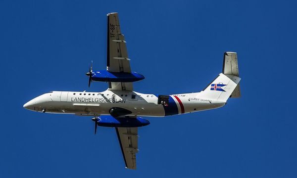 TF-SIF, the National Coastguard rescue plane.