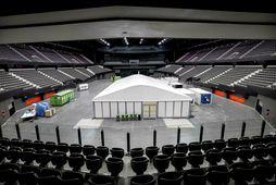 Keppnin hefði átt að fara fram í Ahoy Arena í Rotterdam í kvöld.
