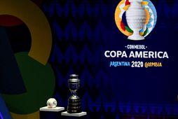 Copa America er keppni Suður-Ameríkuþjóða í fótboltanum.