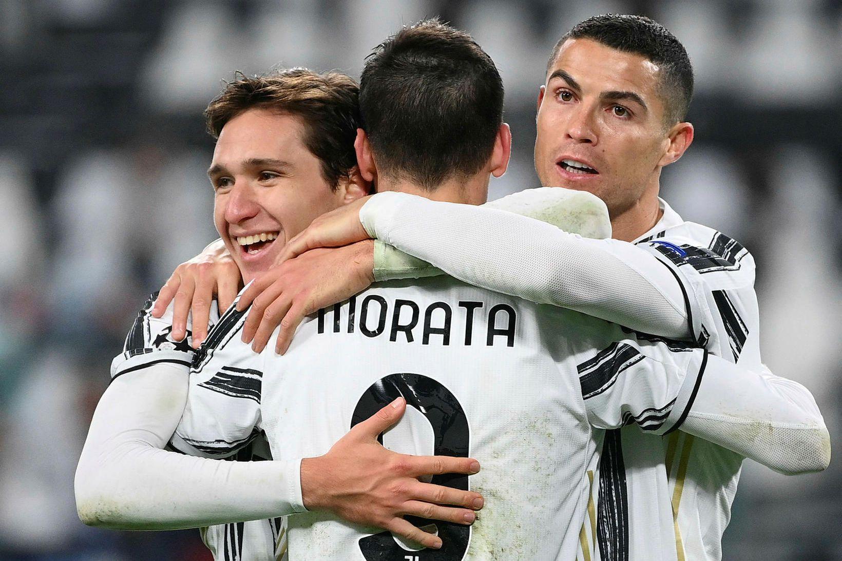 Alvaro Morata, Federico Chiesa og Cristiano Ronaldo fagna marki í …