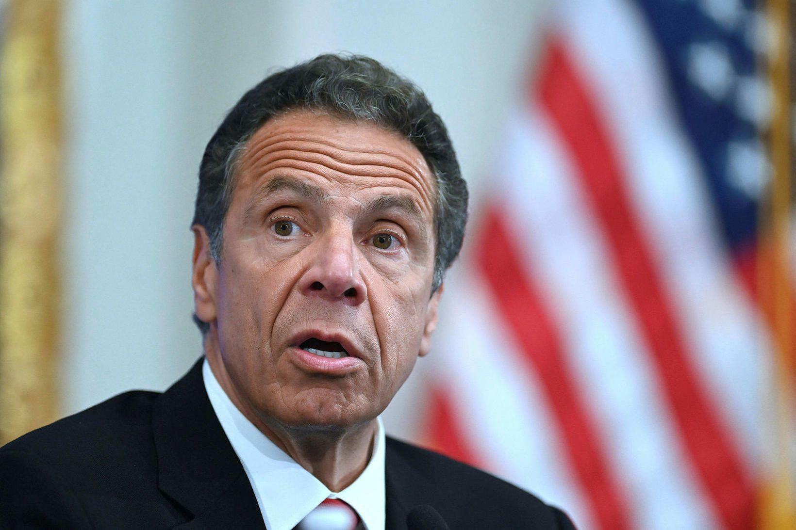 Andrew Cuomo, ríkisstjóri New York, segist ekki hafa áreitt konurnar …