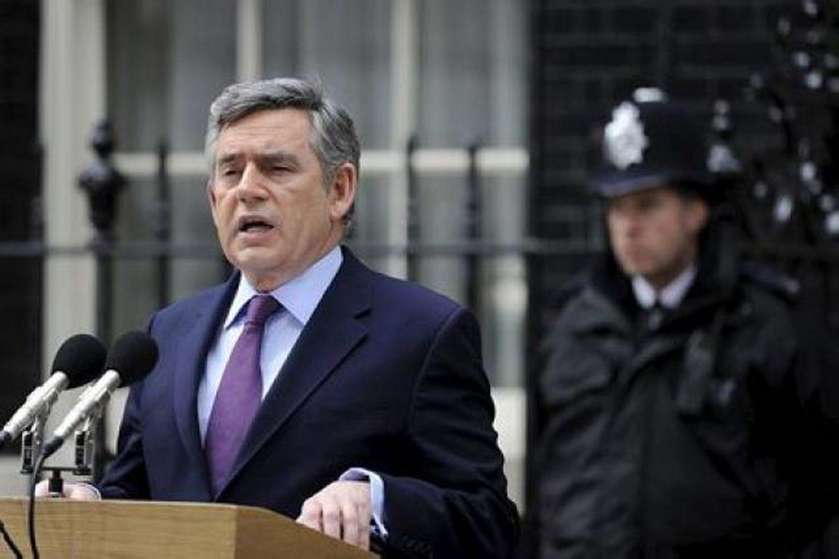 Gordon Brown tók ákvörðun um að beita hryðjuverkalögum gegn Íslandi …