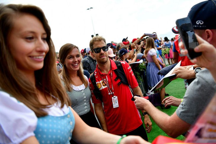 Sebastian Vettel sinnir unnendum formúlunnar í Spielberg.