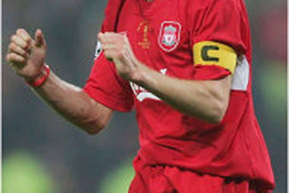 Steven Gerrard fyrirliði Liverppol er tábrotinn.
