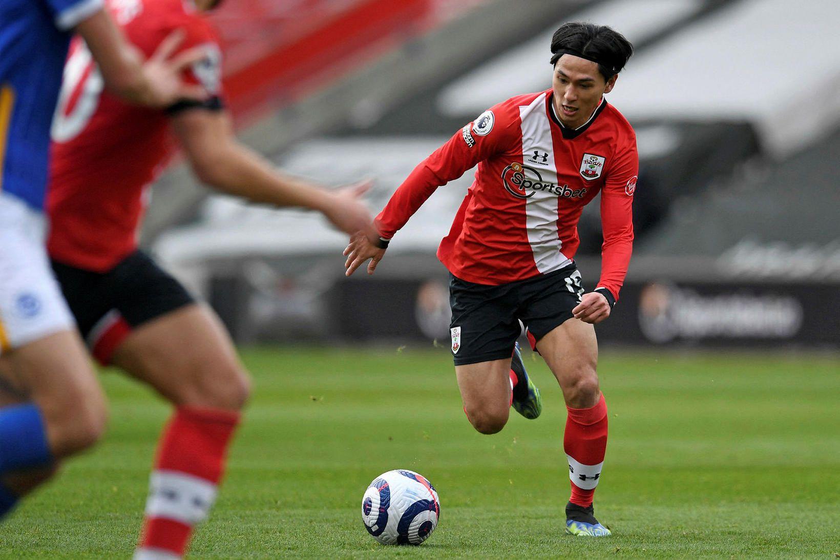Takumi Minamino fer aftur til Liverpool þegar lánssamningi hans við …