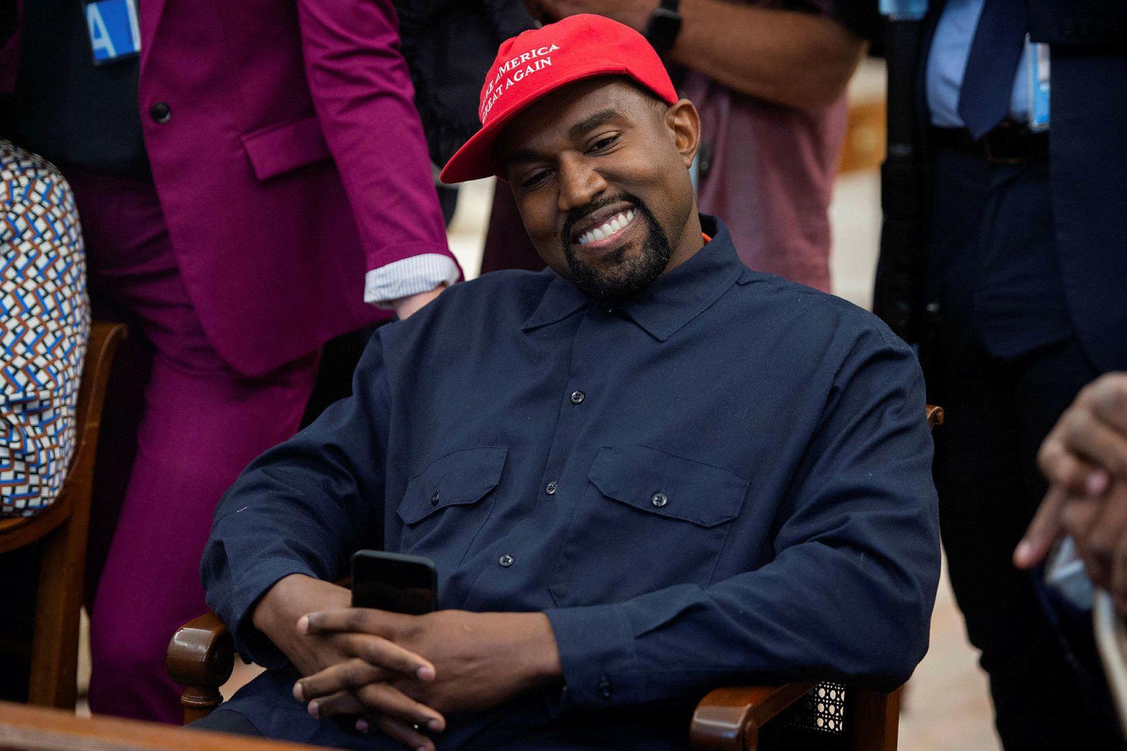 Kanye West segist vera alvara með að bjóða sig fram …