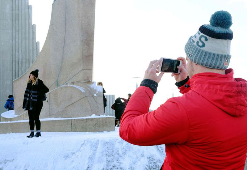 There are plenty of tourists in Iceland in February despite the cold and snow.