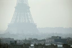 Loftmengun í París.