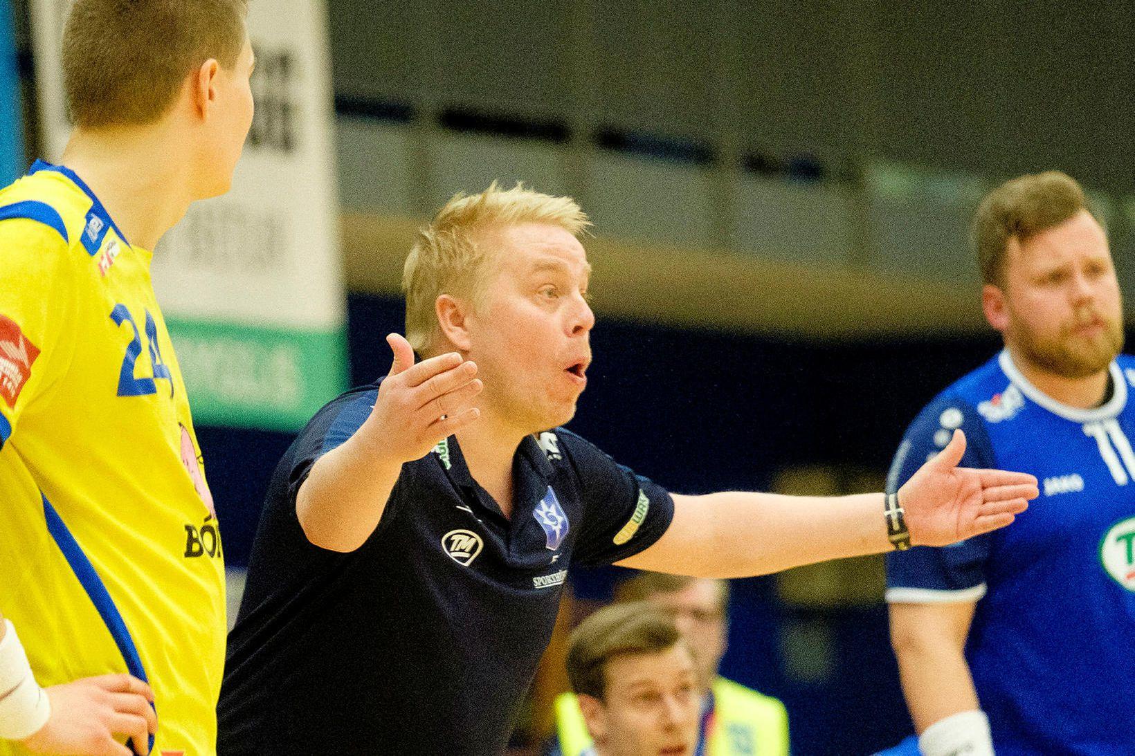 Einar Jónsson á hliðarlínunni hjá Stjörnunni árið 2018.