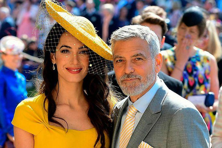 Amal og George Clooney í brúðkaupi Harry og Meghan.