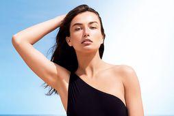 Nýjustu sólarvarnir Shiseido búa yfir nýrri tækni svo þær virkjast enn frekar í snertingu við …