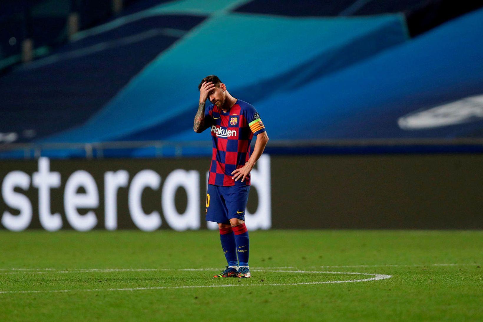 Lionel Messi eftir skellinn í gærkvöldi.