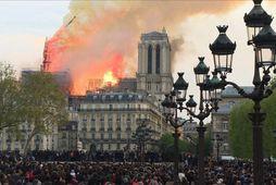Notre Dame var hálftíma frá eyðileggingu