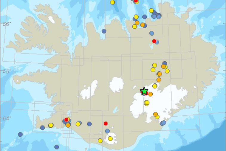 Four earth quakes: 2,9-4,9 on a Richter scale were measure on the north side of ...