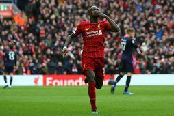 Fyrsti titill Liverpool í 30 ár er í mikilli hættu.