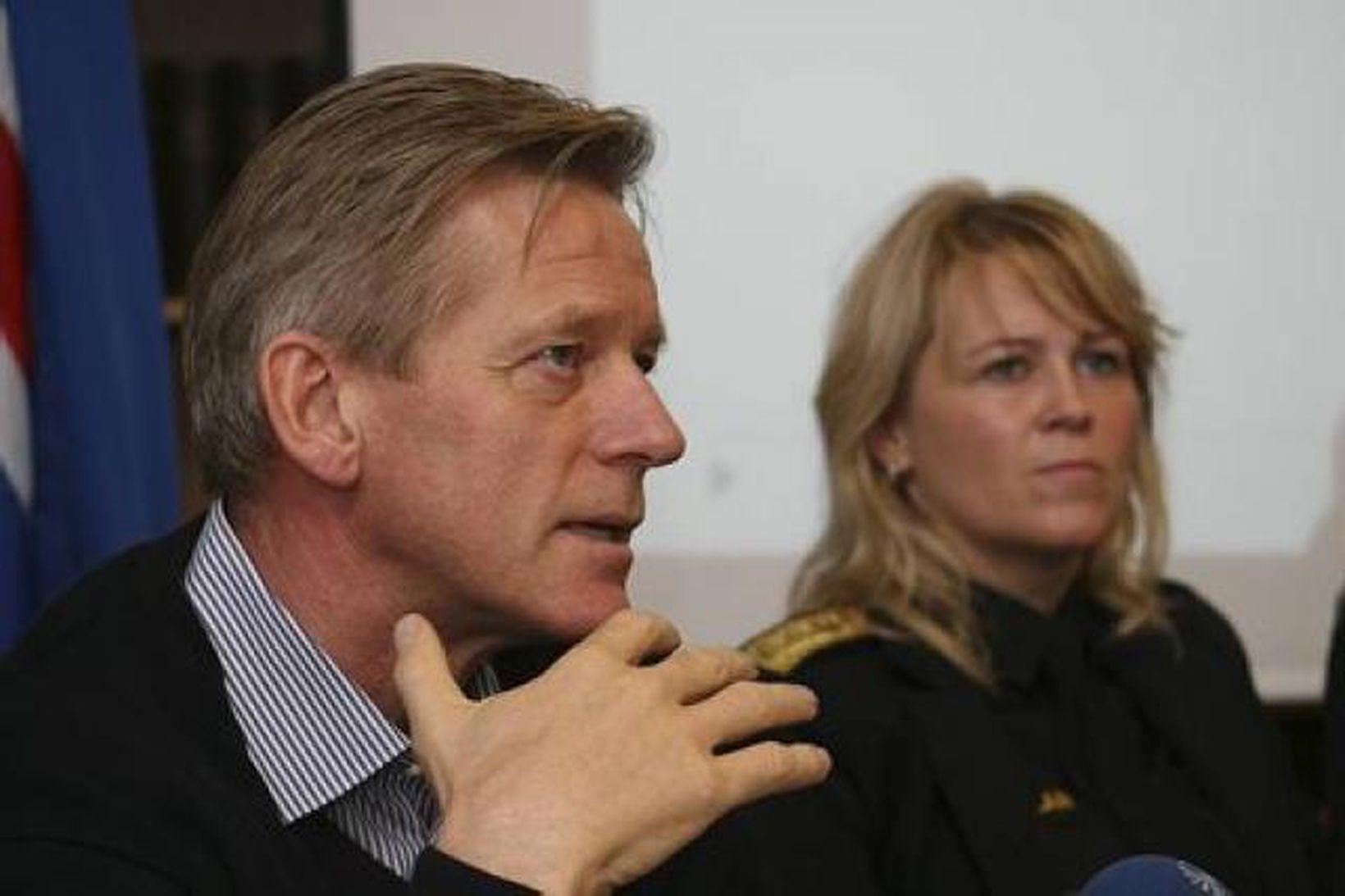 Arnar Jensson og Sigríður Björk Guðjónsdóttir á blaðamannafundinum í dag.
