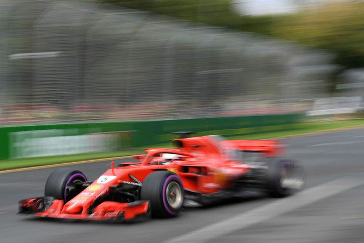 Sebastian Vettel var hraðskreiðastur fram í lokalotu tímatökunnar í Melbourne.