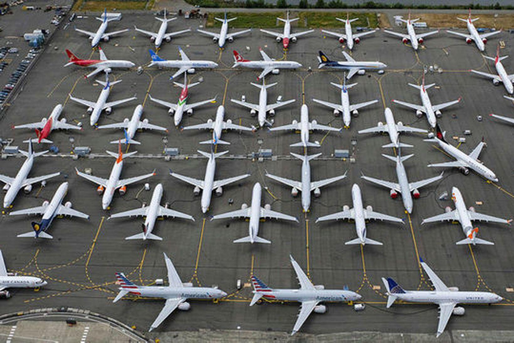 737 MAX-flugvélar hafa verið kyrrsettar úti um allan heim síðan …