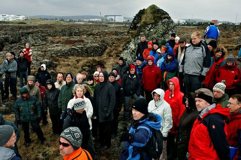 Um 100 manns gengu á sínum tíma um Gálgahraun á Álftanesi til að skoða fyrirhugað …