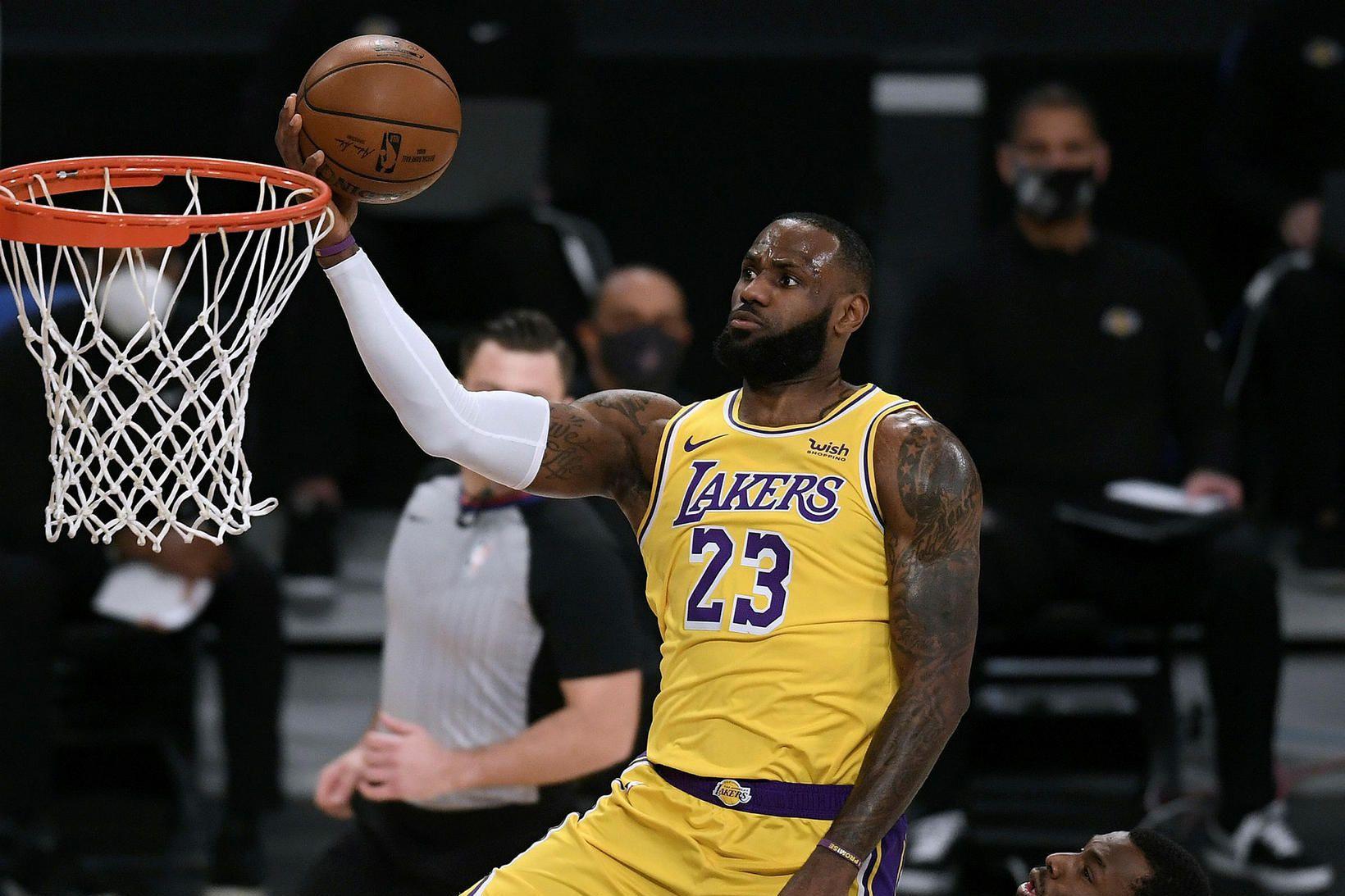 LeBron James og félagar í Los Angeles Lakers eru í …