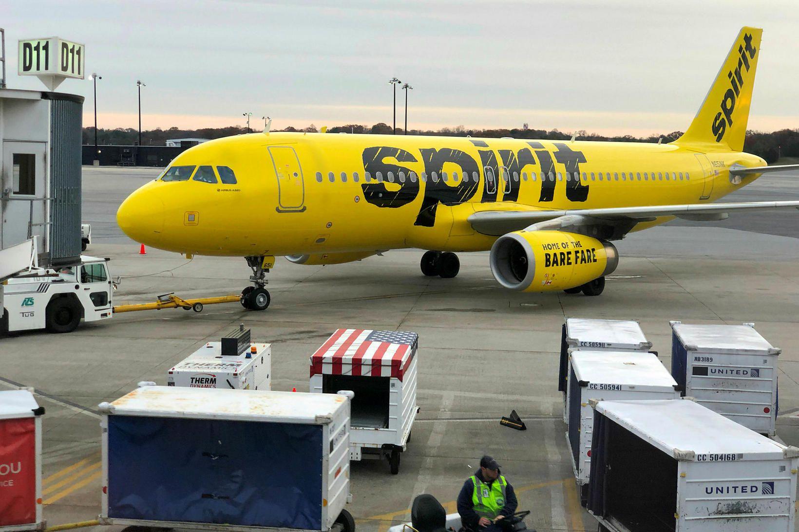 Vél Spirit Airlines þurfti að nauðlenda í Denver í Colorado.