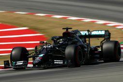 Lewis Hamilton í tímatökunni í Barcelona rétt í þessu.