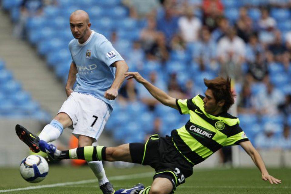 Stephen Ireland, fyrrum leikmaður Manchester City, er kominn til Stoke sem lánsmaður frá Aston Villa.