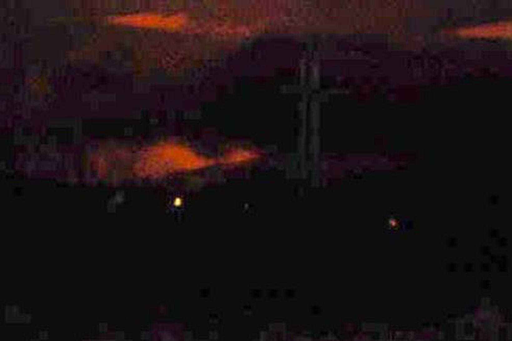Gosbjarminn sést vel frá Kirkjulækjarkoti. Myndin var tekin á tíma …