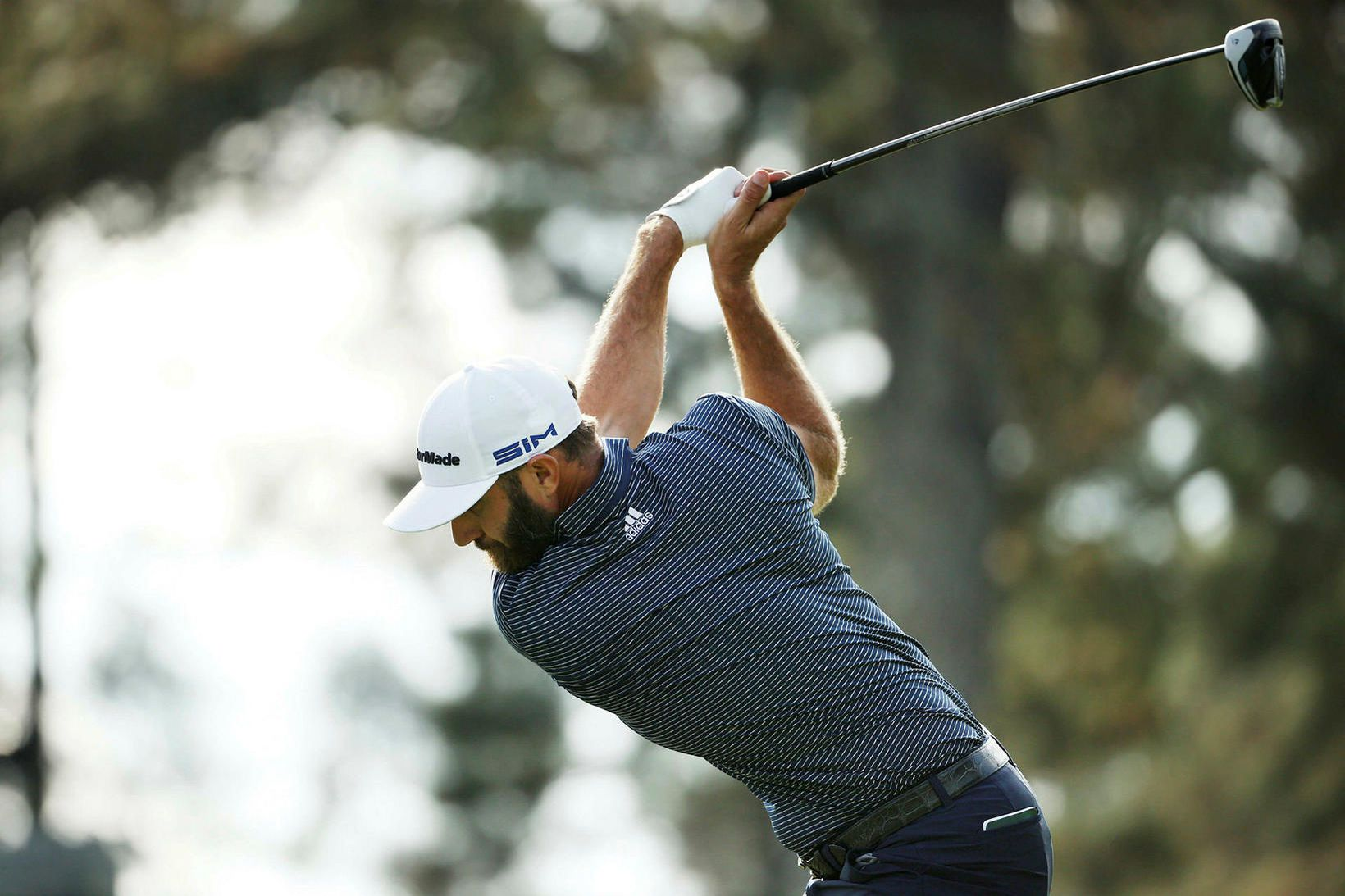 Dustin Johnson þykir vel byggður fyrir golfíþróttina.