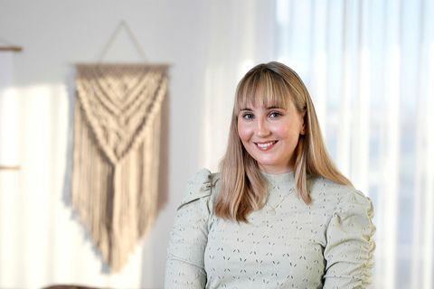 Katla Marín Stefánsdóttir er macramélistakona.