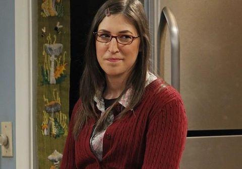 Mayim Bialik er best þekkt sem erkinördið Amy Farrah Fowler í The Big Bang Theory en hún er sjálf með doktorsgráðu í taugavísindum.
