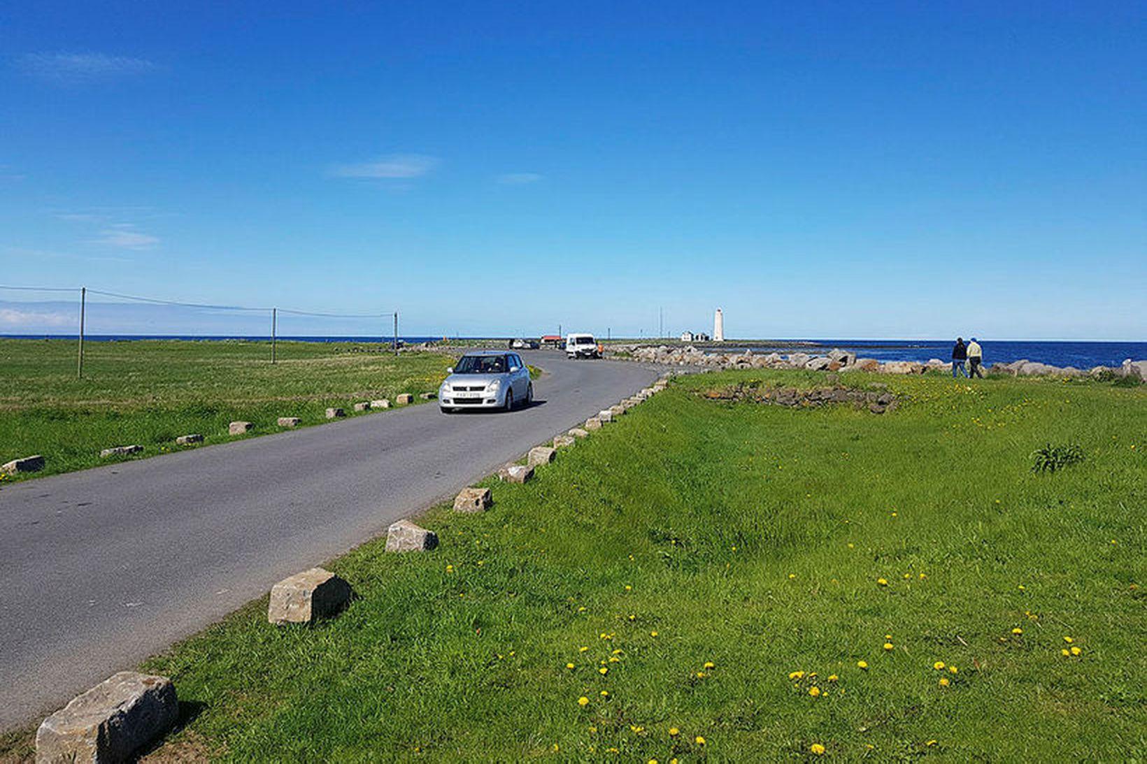 Svæðið nálægt Gróttu, sem og Grótta er vinsælt útivistarsvæði og …