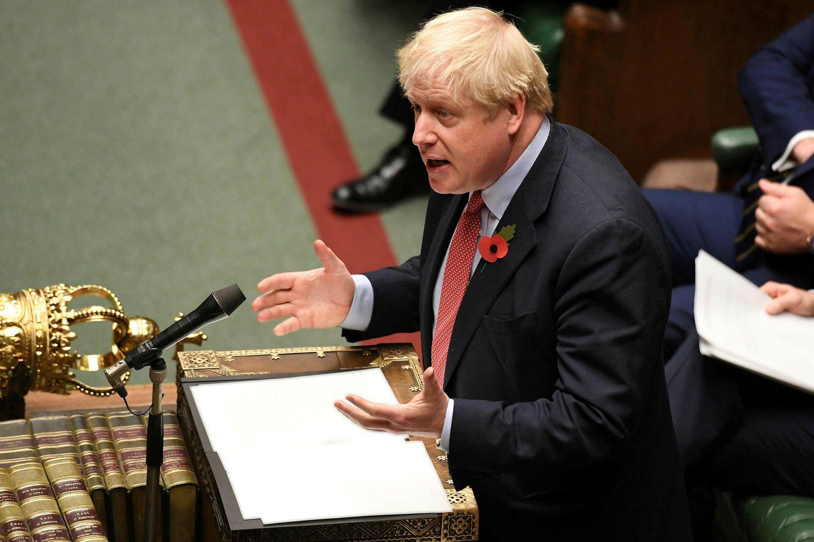 Boris Johnson forsætisráðherra Bretlands lagði aftur fram tillögu um kosningar …