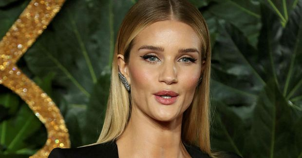 Rosie Huntington-Whiteley er skipulögð.