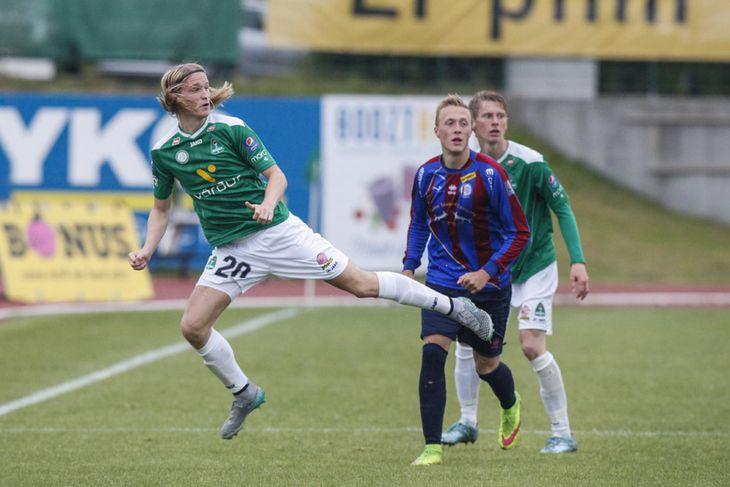 Atli Sigurjónsson í leiknum í kvöld.