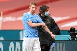 Kevin de Bruyne fór meiddur af velli á Wembley um síðustu helgi.