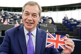 """Nigel Farage ætlar að berjast fyrir """"alvöruúrsögn"""" úr Evrópusambandinu. Hann er ósáttur við stefnuna sem ..."""
