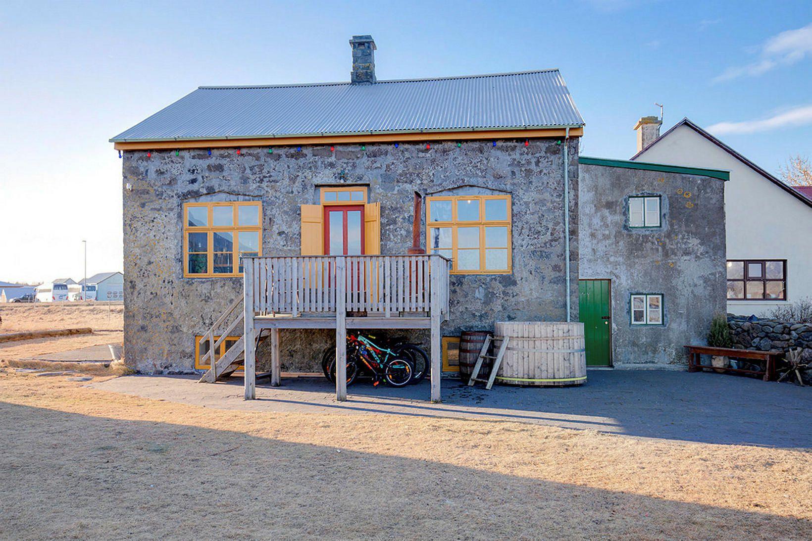 Breiðabólsstaðir á Álftanesi eiga sér einstaklega áhugaverða sögu.