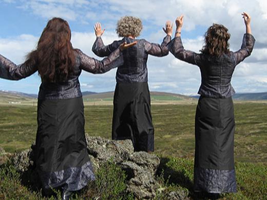 Veginn man hún - tónleikar Vox feminae í Veröld