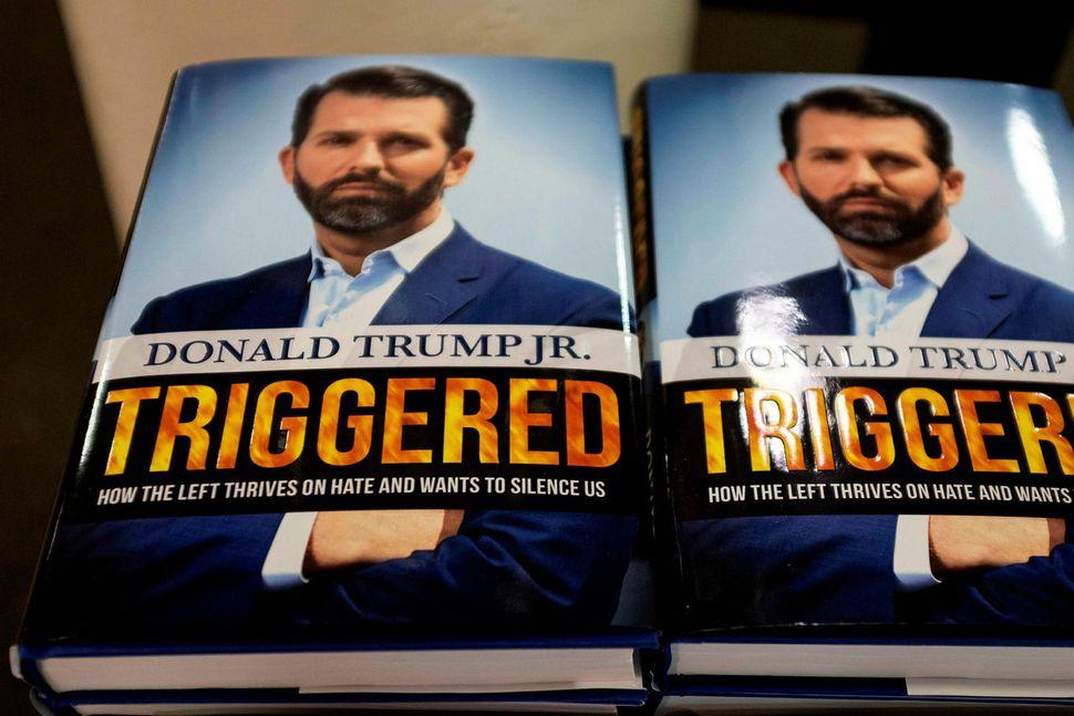 Donald Trump yngri sparar ekki stóru orðin í nýrri bók ...