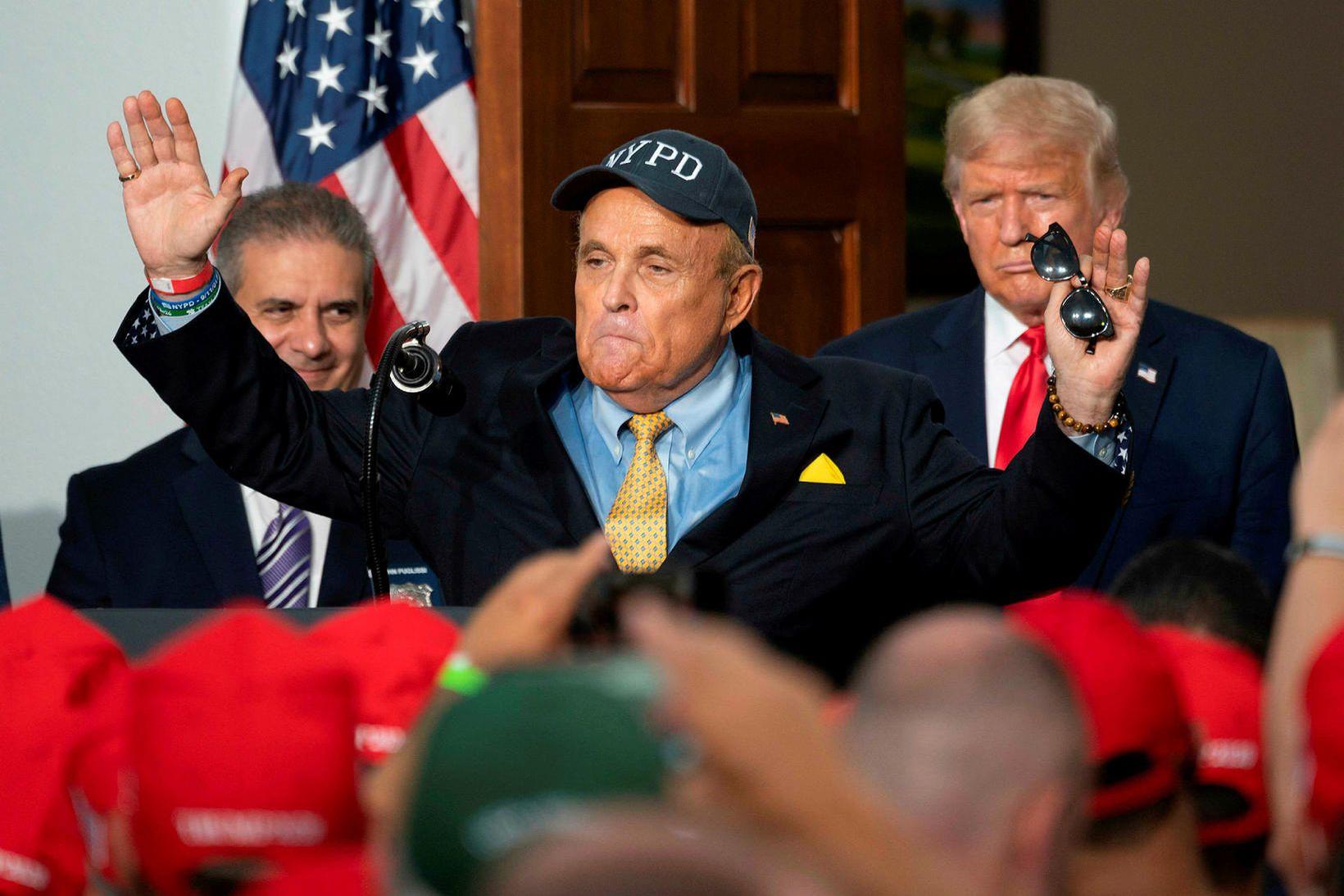 Rudy Giuliani heldur ræðu í ágúst síðastliðnum. Donald Trump, til …