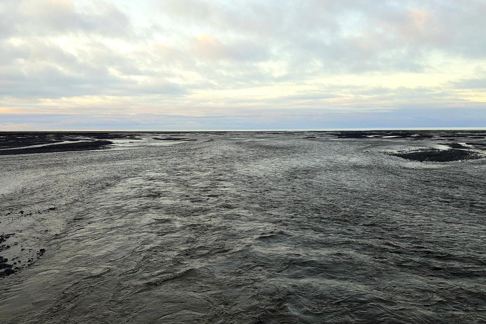 Múlakvísl í dag. Mikið vatn er í ánni og gasmengun …