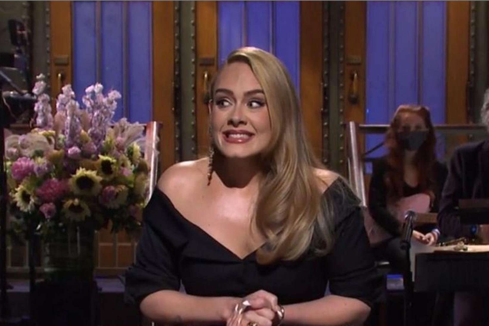 Tónlistarkonan Adele skellti sér á útsölu með rapparanum Skepta.